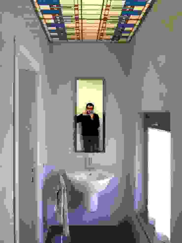 bathroom 1 CHRISTIAN THEILL DESIGN Modern Bathroom