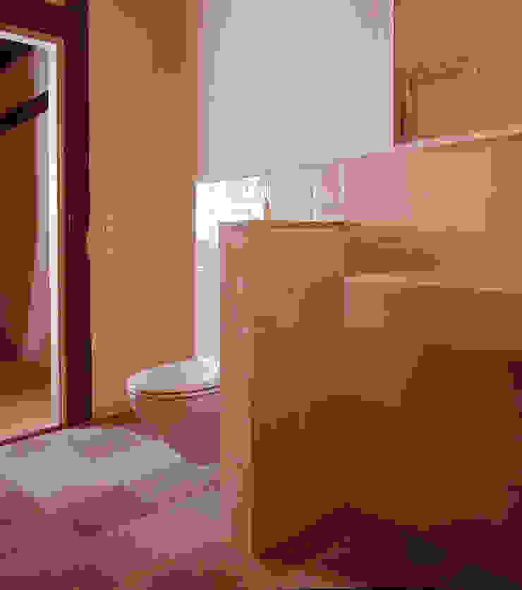 Rustic style bathrooms by Gabriele Riesner Architektin Rustic