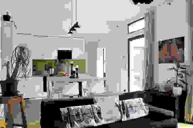 Pièce à vivre Maisons modernes par BIENSÜR Architecture Moderne