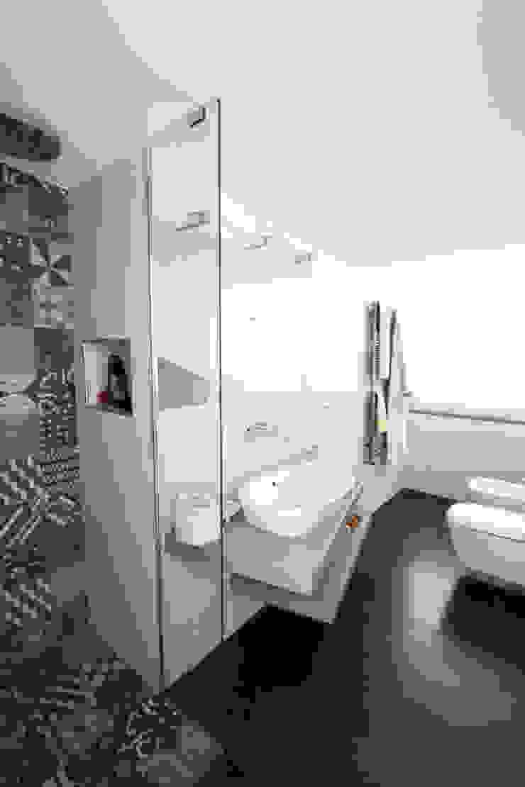 Gimmigi Lab Architettura Modern bathroom