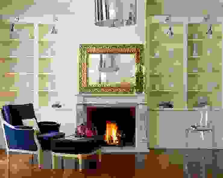 collect... Casas de estilo clásico de nikohl cadeau interiors Clásico
