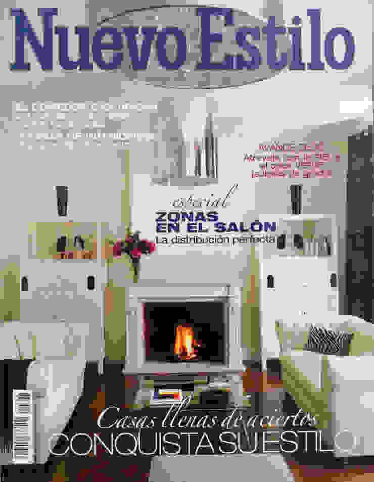 cover girl!!! Casas de estilo clásico de nikohl cadeau interiors Clásico