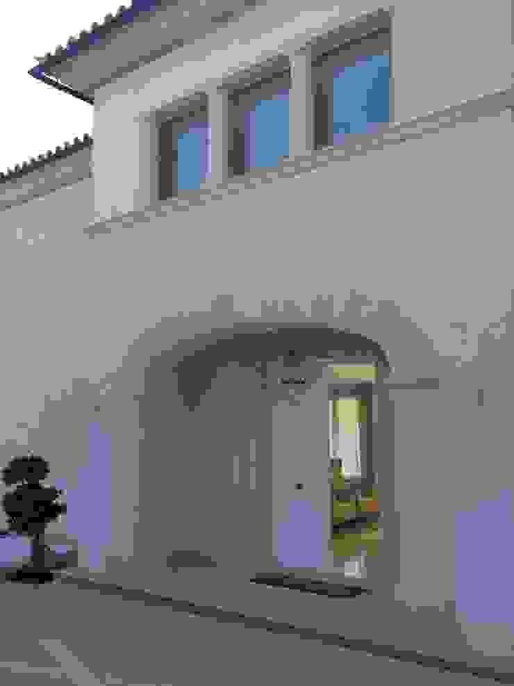 KJ Casas de estilo mediterráneo de Fincas Cassiopea Group / FCG Architects Mediterráneo