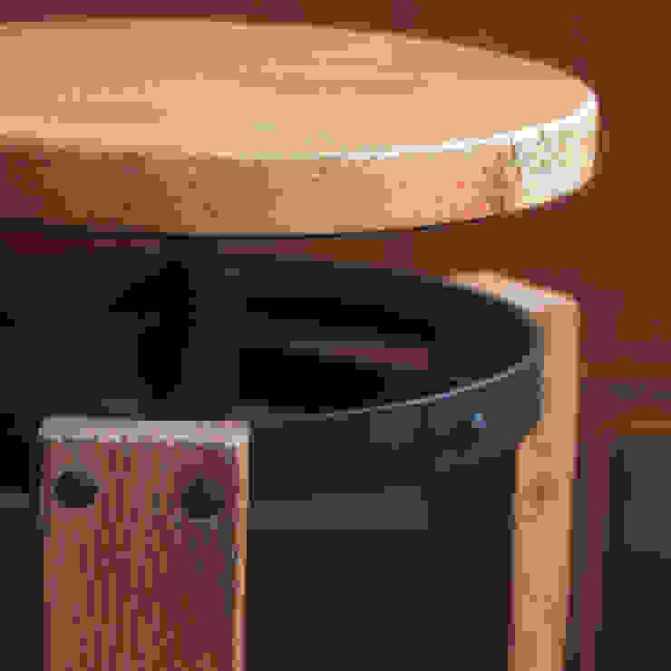 Sula stool: rustic  by Decorum, Rustic