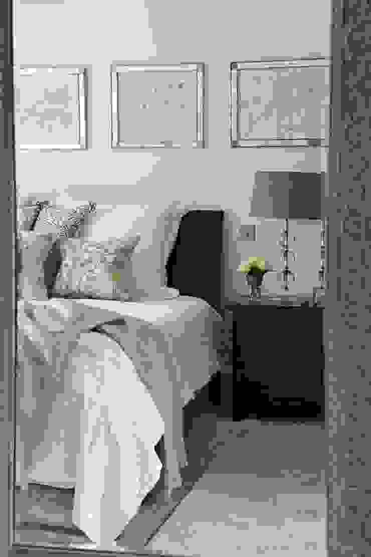 Country Home Bedroom Charlotte Crosland Interiors Camera da letto rurale