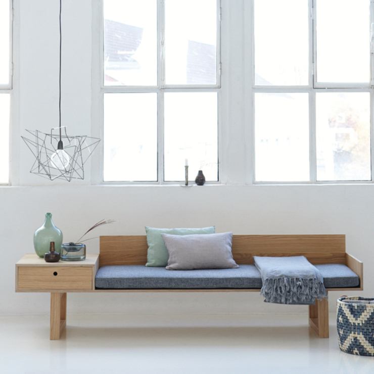The Norman Day bench: modern  by Decorum, Modern