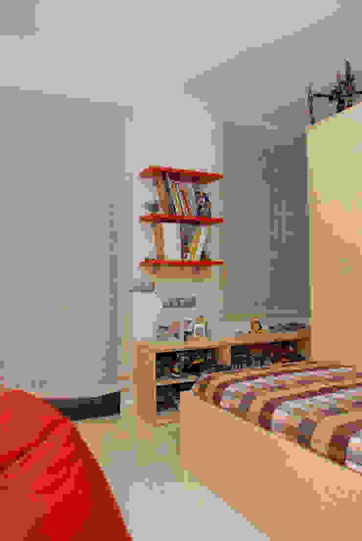 Casa en Premià de Mar 2008 Dormitorios infantiles de estilo moderno de VETZARA 3 S.L. Moderno