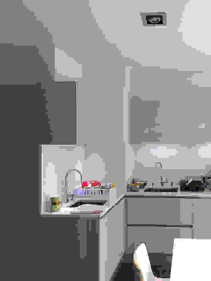 Appartement Villeurbanne Cuisine moderne par Agence LVH Moderne