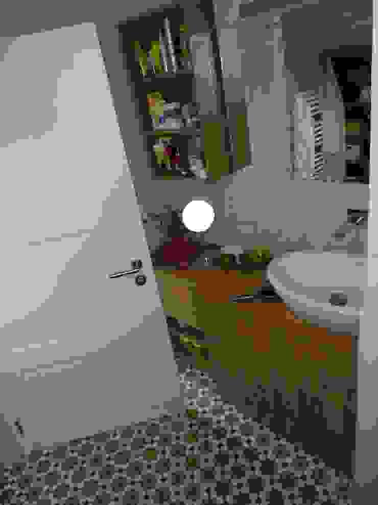 カントリースタイルの お風呂・バスルーム の neue innenarchitektur カントリー