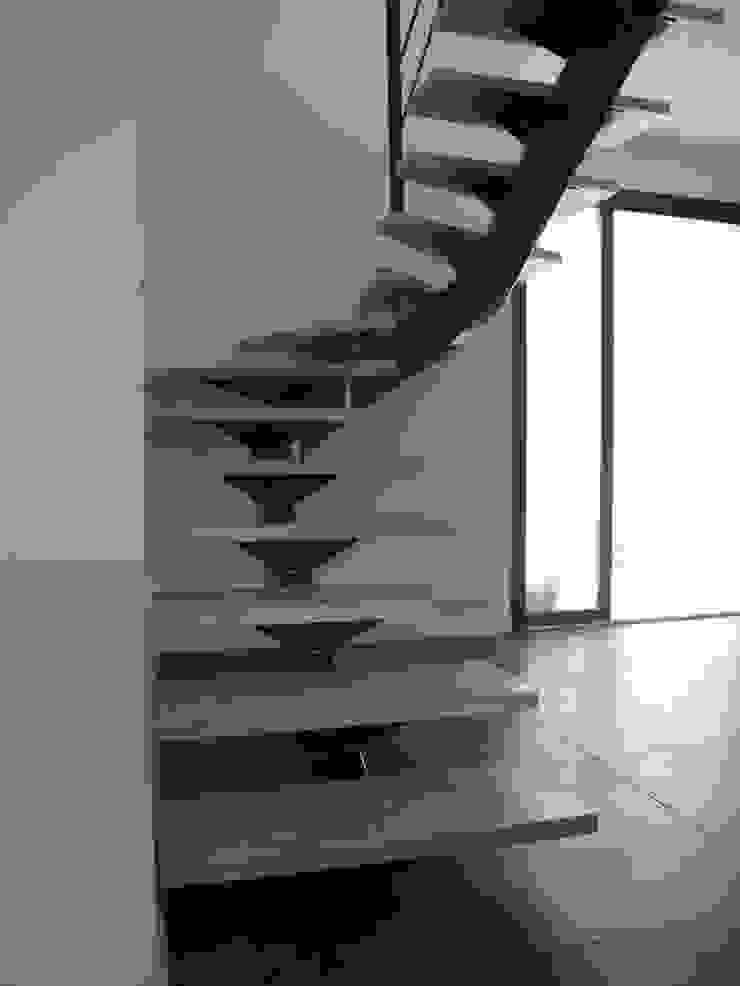escalier métallique design par LBMS. Fabrice Lamouille