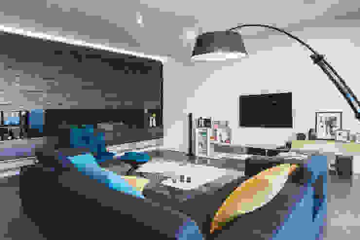 Квартира в <q>Ark Palace</q> Гостиная в стиле минимализм от Kristina Petraitis Design House Минимализм