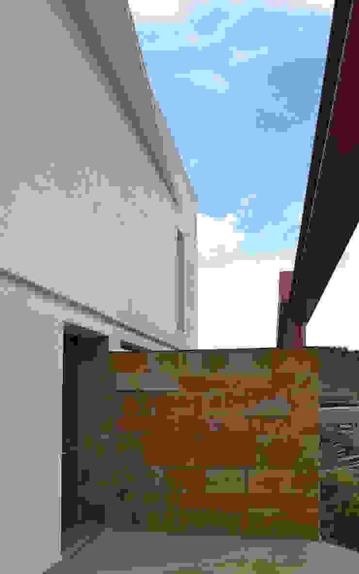 Modern houses by G. Giusto - A. Maggini - D. Pagnano Modern