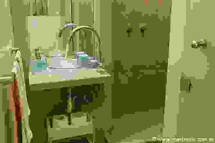 Baños :  de estilo  por MINBAI,Minimalista