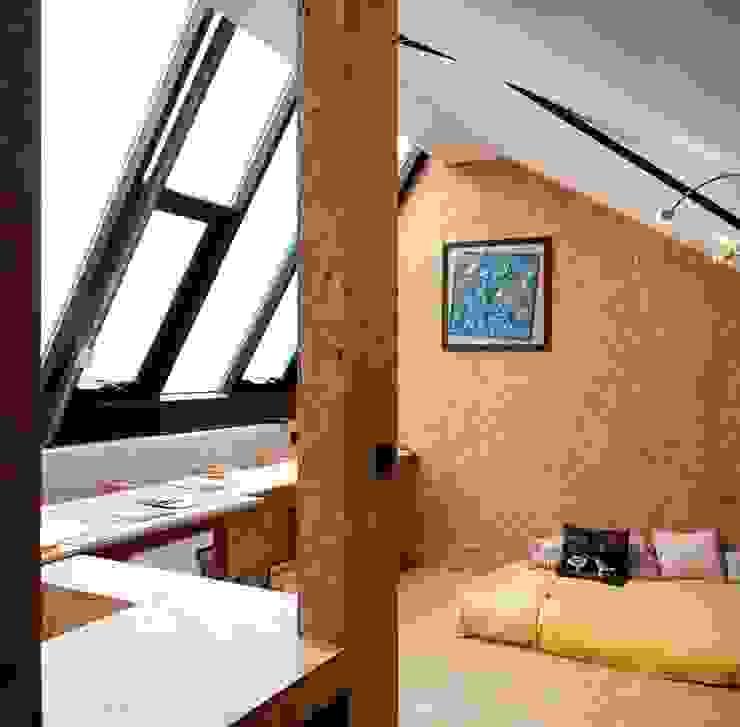 Camera da letto in stile industriale di JBFA-ATELIER CAIROS Industrial