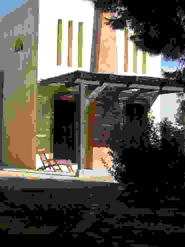 Porche Casas de estilo mediterráneo de Anticuable.com Mediterráneo