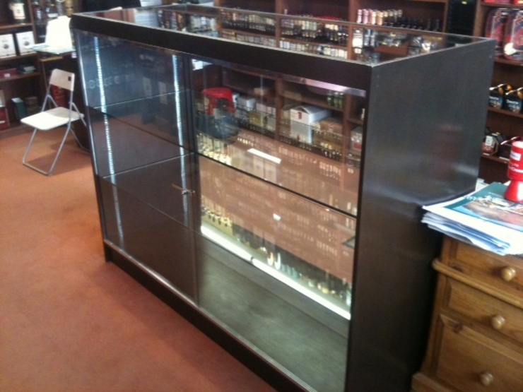 Glass Cabinet by Southside Glazing & Joinery