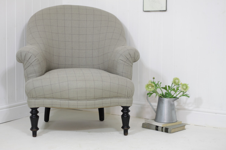 Elegant checked linen armchair: country  by Loop the Loop, Country