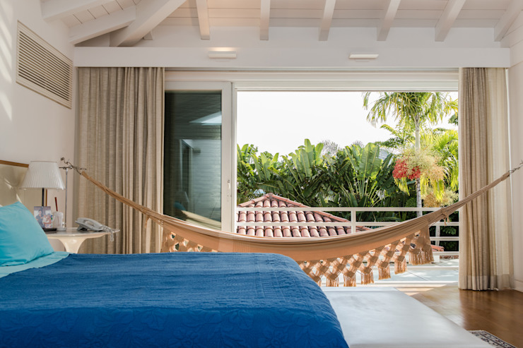 Amazing House in Barra - R10 (Ronaldinho) Moderne Schlafzimmer von Airbnb Germany GmbH Modern