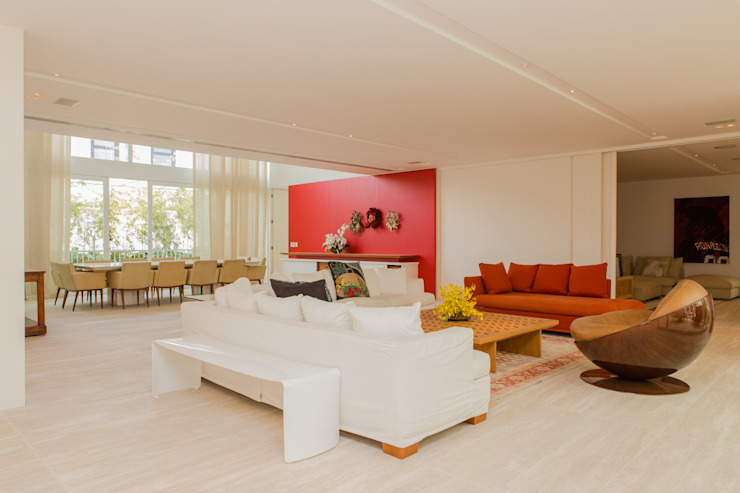 Modern living room by Airbnb Germany GmbH Modern