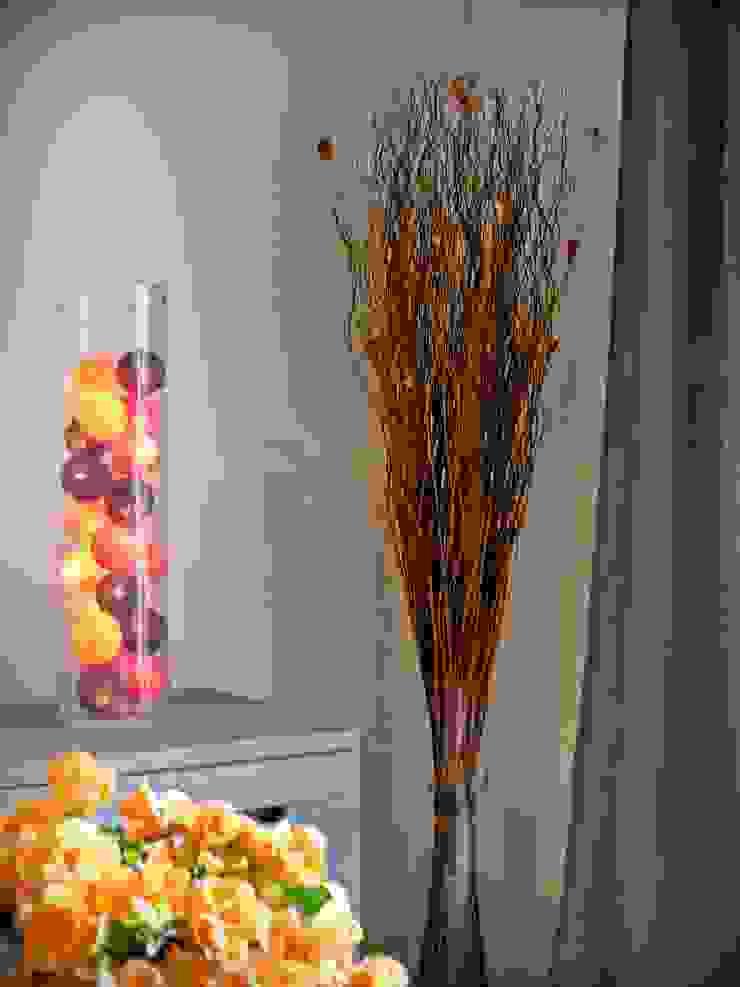 Décoration d'une pièce à vivre Salle à manger moderne par Carnets Libellule Moderne
