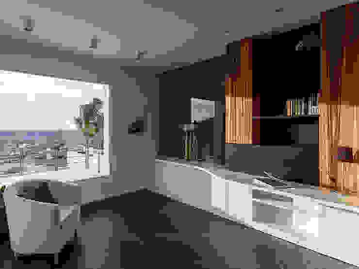 Study Modern Living Room by Studio 4e Modern