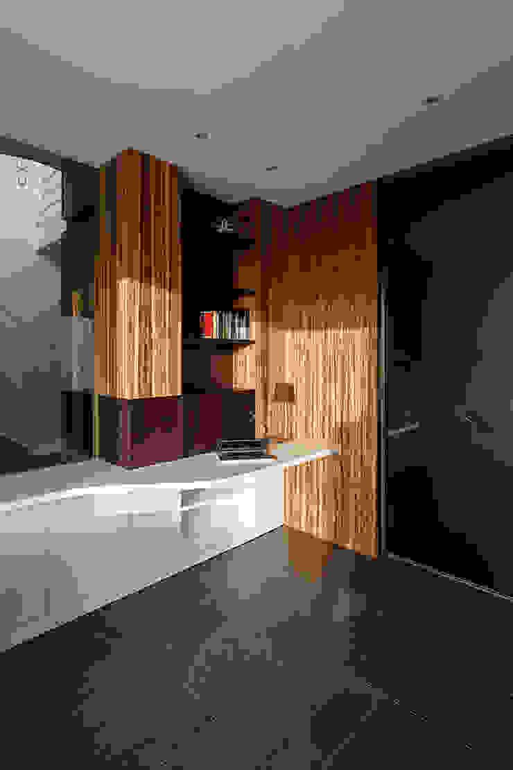 Corner desk de Studio 4e Moderno