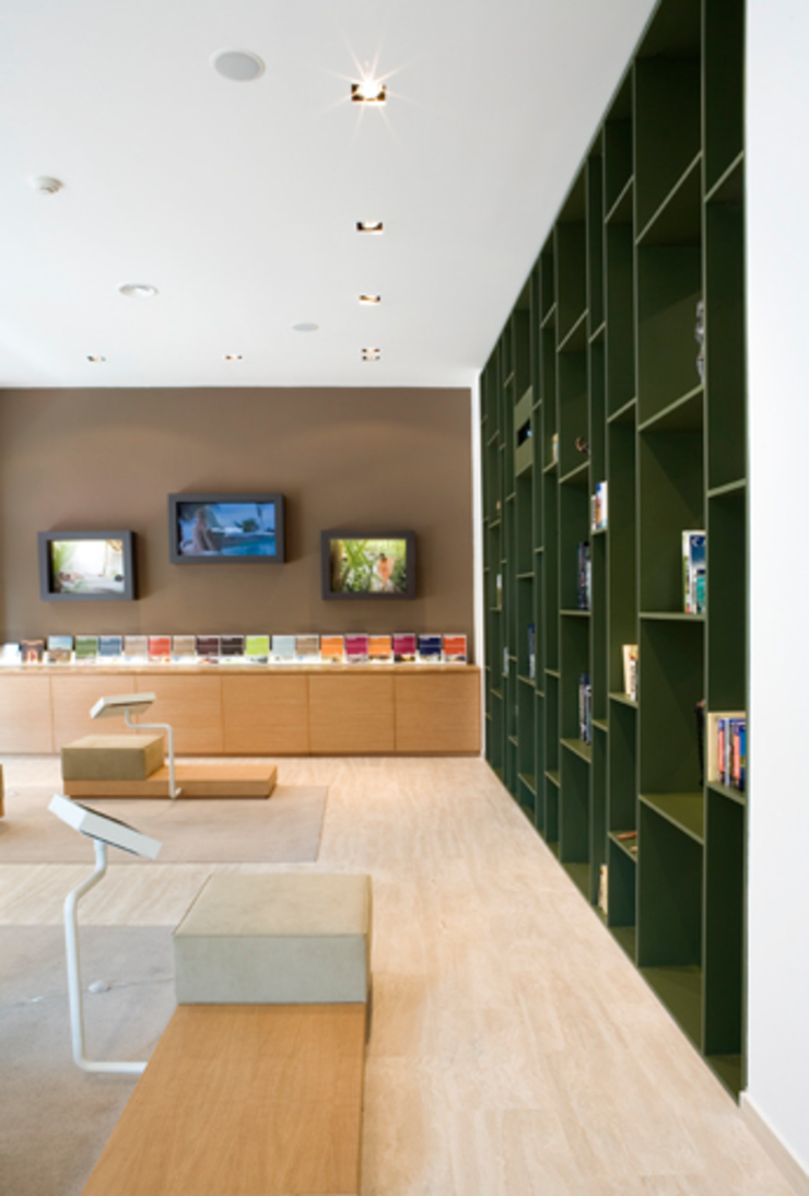 Oleh Elena e Francesco Colorni Architetti