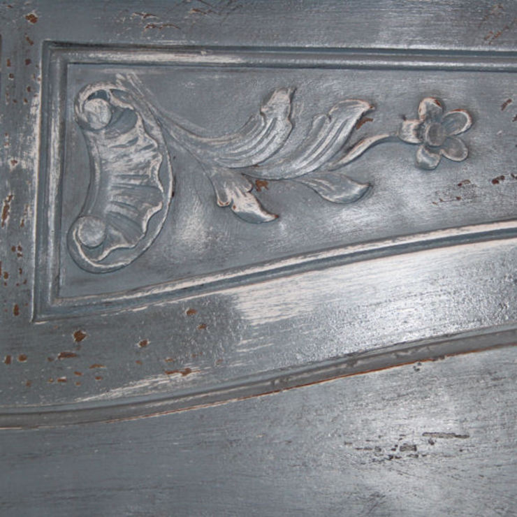 Credenza Francese in stile Luigi XV decorata e rifinita a mano di LUCY retrò & chic Classico