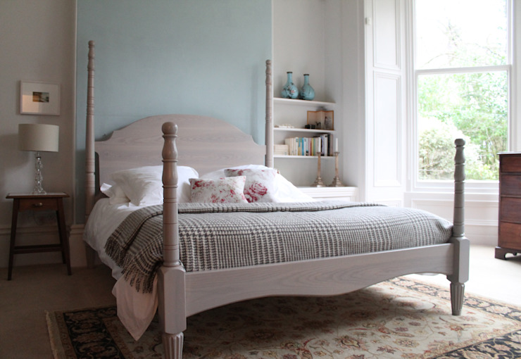 The Calverley Four Poster Bed: eclectic  by TurnPost, Eclectic