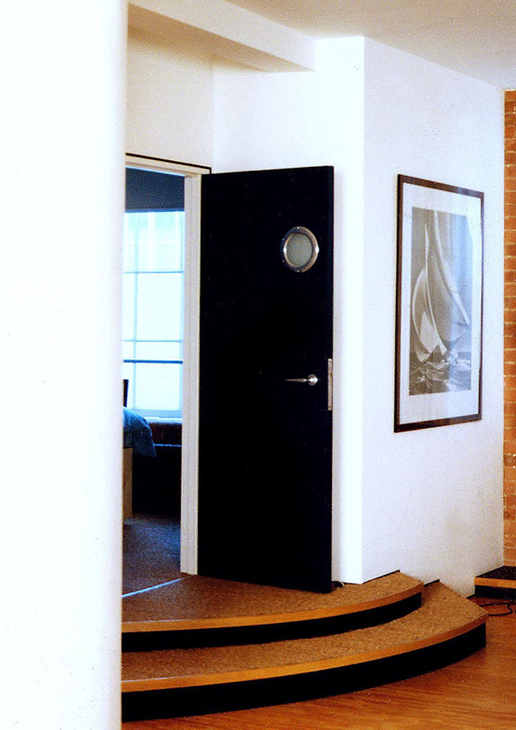 Loft Flat, Clerkenwell by Jeff Kahane + Associates
