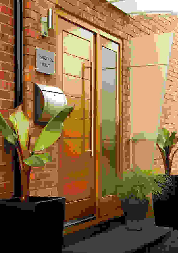 Modena Oak Side Panel Door Set: modern  by Modern Doors Ltd, Modern