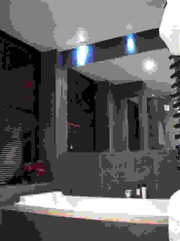PROJECT: London's Kensington Modern bathroom by Anna Hansson Design Modern