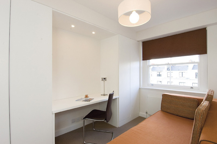 PROJECT: A 2-bed apartment in Bayswater. Modern offices & stores by Anna Hansson Design Modern