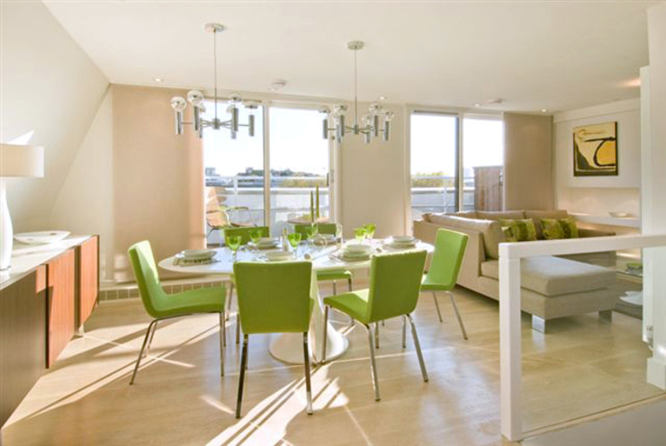 ​PROJECT: Penthouse in London's West-End. モダンデザインの ダイニング の Anna Hansson Design モダン