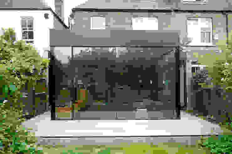 Turney Road Modern living room by IQ Glass UK Modern