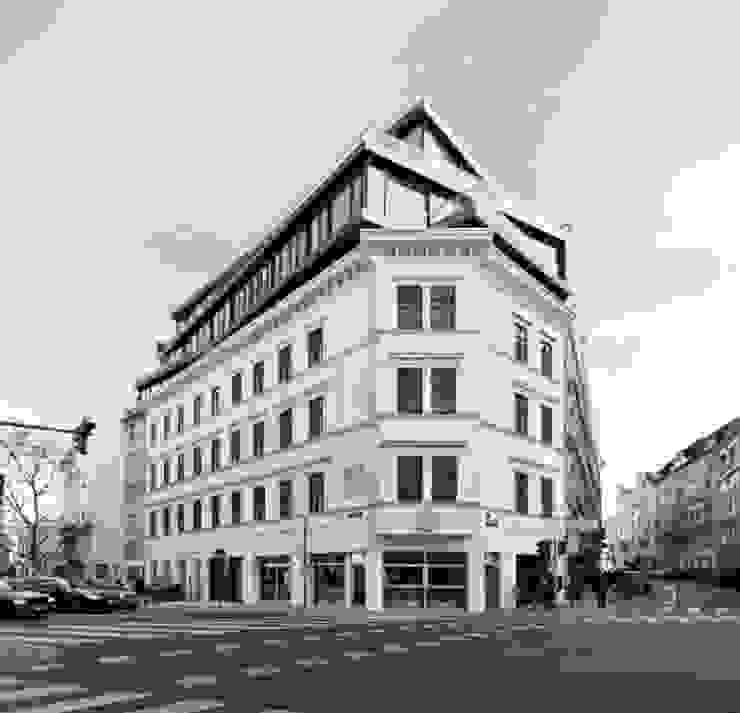MG9 - Sanierung und Aufstockung Margaretenstraße 9 Moderne Häuser von Josef Weichenberger architects + Partner Modern