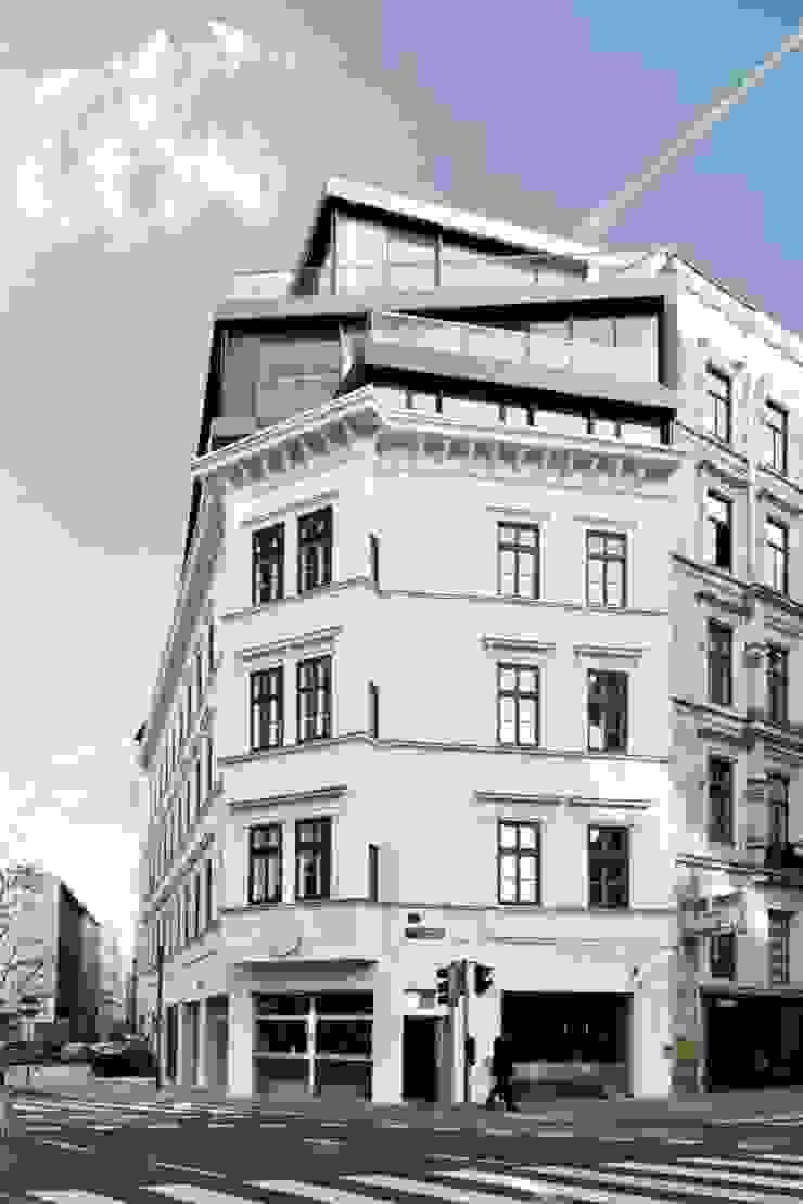 MG9 – Sanierung und Aufstockung Margaretenstraße 9 Moderne Häuser von Josef Weichenberger architects + Partner Modern