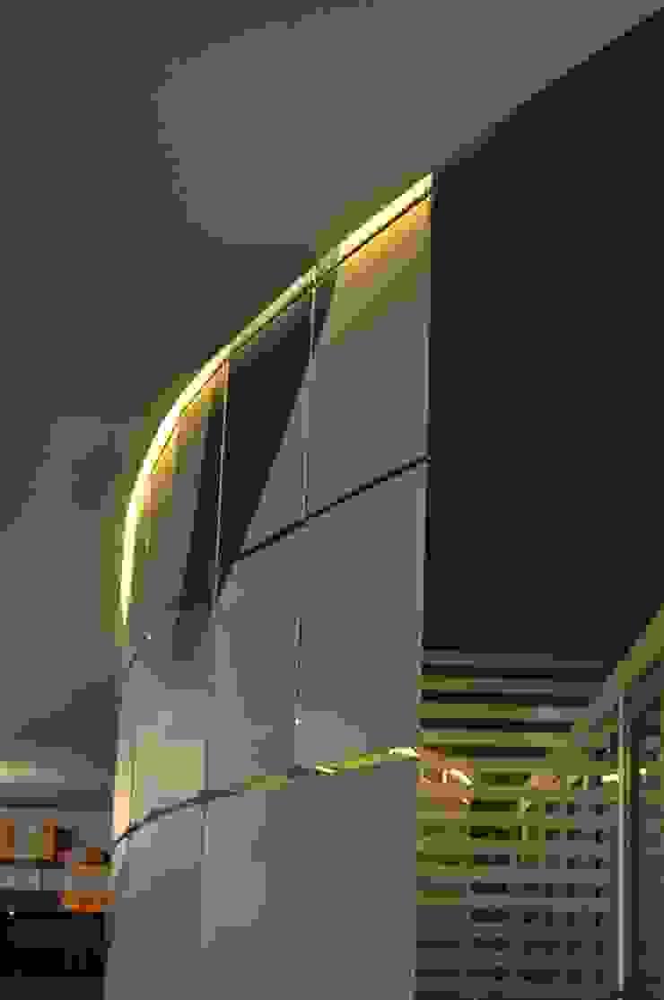 de SOA Spazio Oltre l'Architettura Moderno Plástico