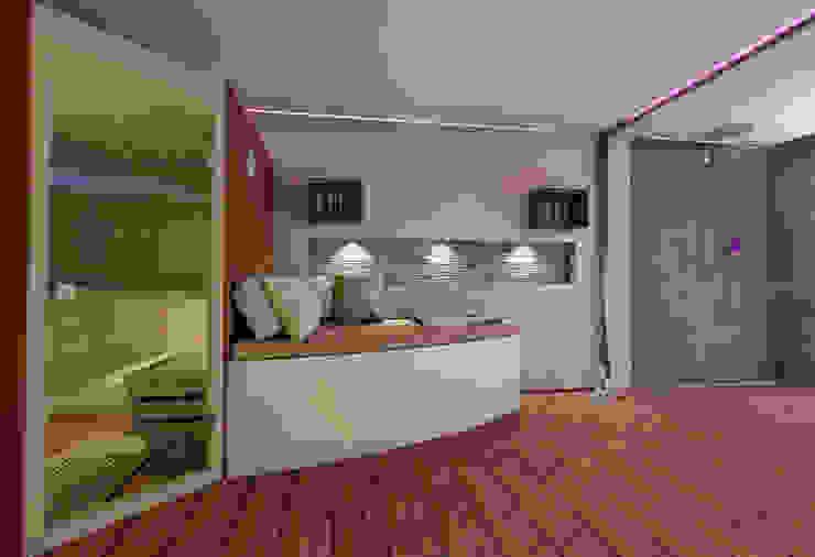 Spa modernos de Sascha Kregeler Badezimmer & Mehr Moderno