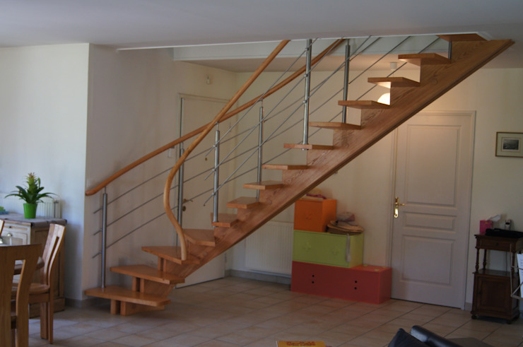 Limon central Couloir, entrée, escaliers par ADIBOIS