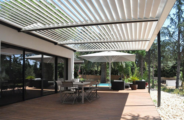 The BIOCLIMATIC Pergola by SOLISYSTEME by SOLISYSTEME Сучасний