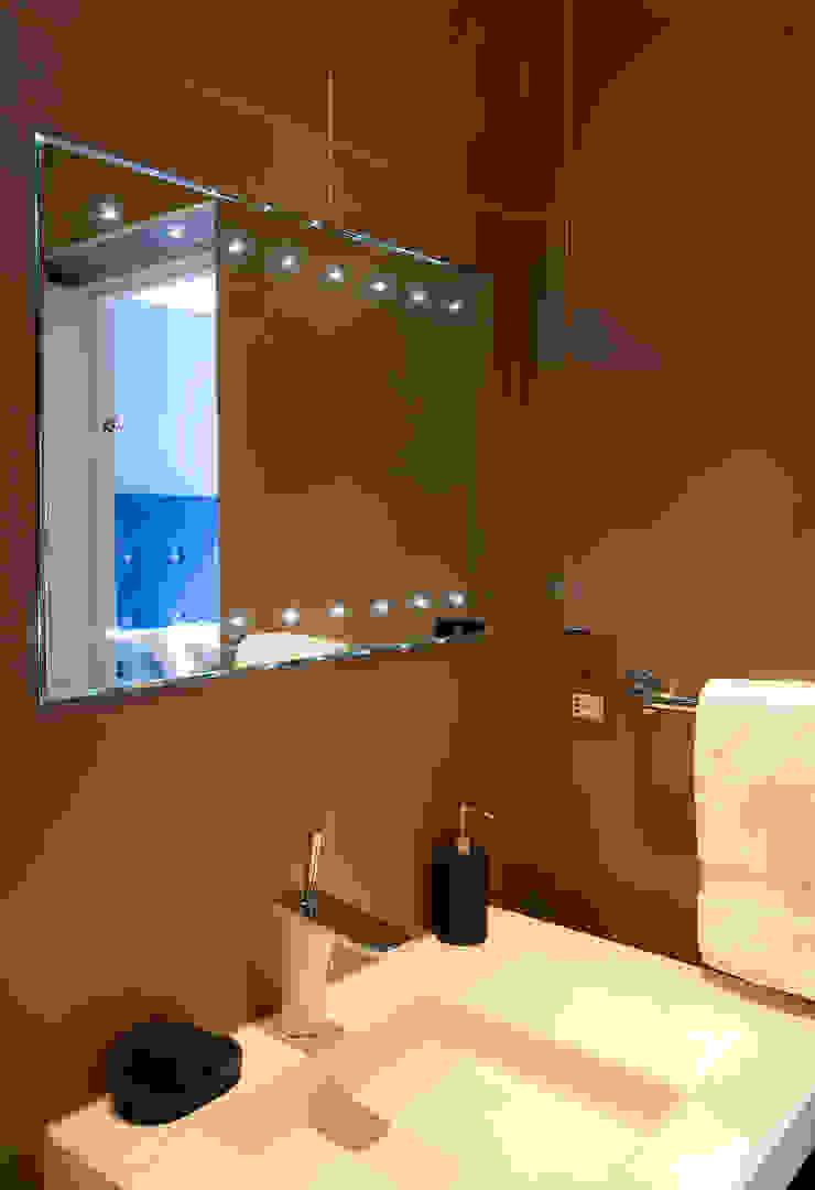 Kensington & Chelsea Ванная комната в эклектичном стиле от Matteo Bianchi Studio Эклектичный