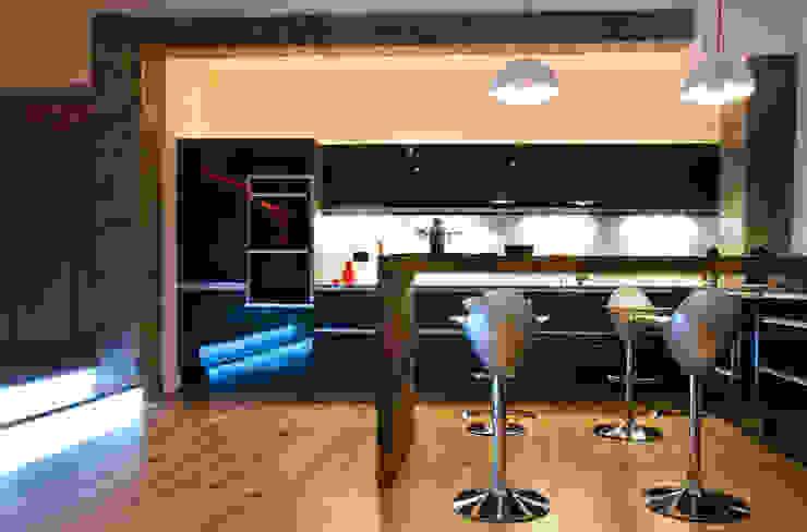 Farringdon Loft Conversion Cuisine moderne par Matteo Bianchi Studio Moderne