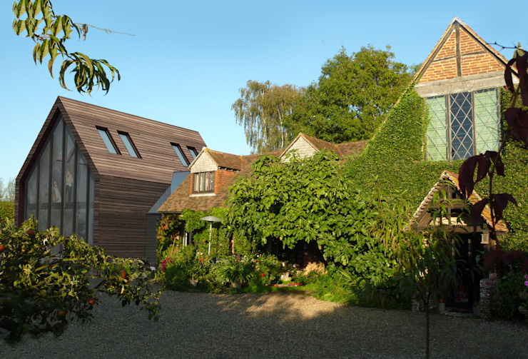 Extension to a Listed House Tenterden Kent STUDIO 9010 Rumah Modern