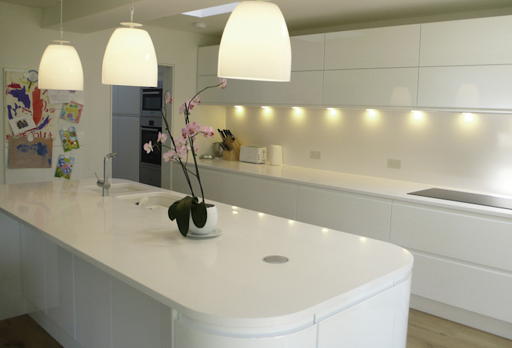 Private Residential Refurbishment, Kent homify Modern kitchen