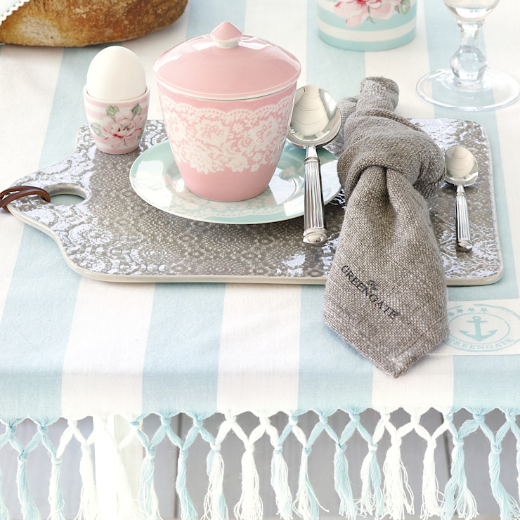 Dining: country  by The Country Cottage Shop, Country