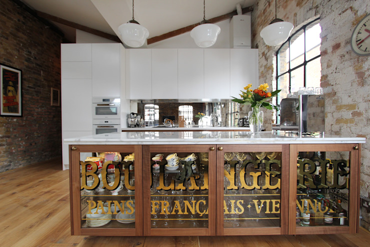 Shoreditch EC1: Warehouse Living Cucina in stile industriale di Increation Industrial