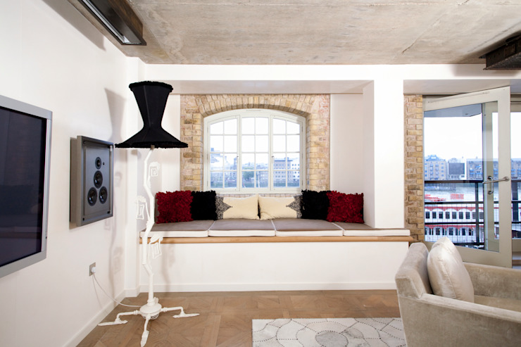 Tower Bridge SE1: Opulent Apartment Classic style houses by Increation Classic