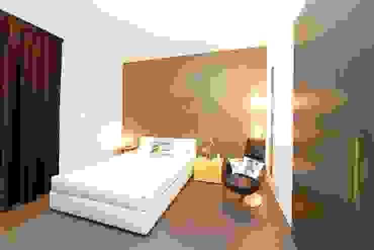 Private House Modern Bedroom by MNA Studio | Macchi Nicastri Architetti Modern