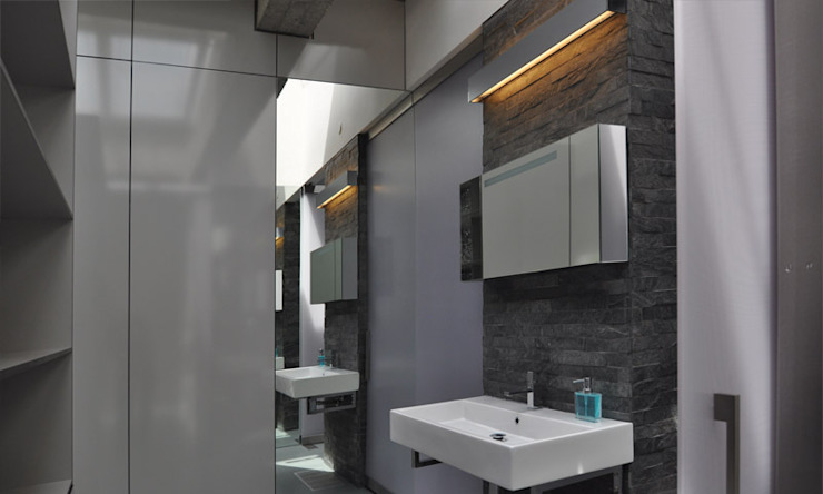 Shoreditch Church Penthouse Modern bathroom by Space Group Architects Modern